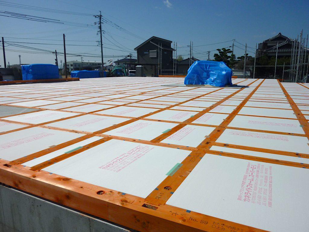 【大西化成の納品事例】病院の新築工事で床下断熱材を納品!